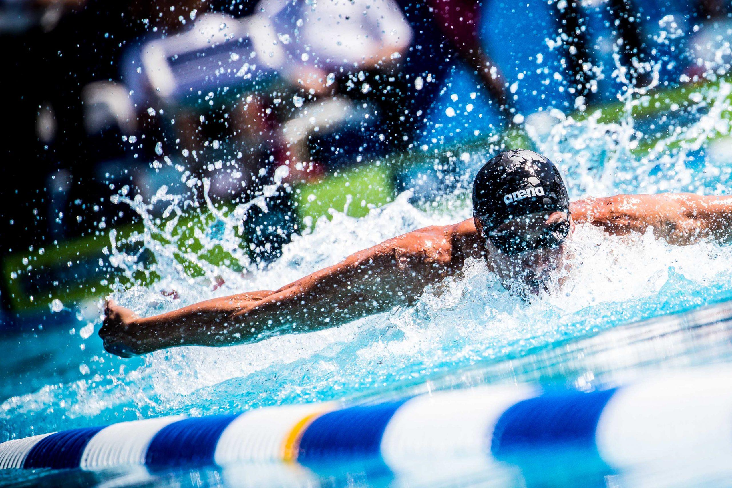 آموزش شنا بانوان در اصفهان
